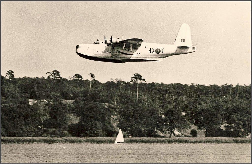 Bomber Typ: Sunderland - Überflug über die Havel