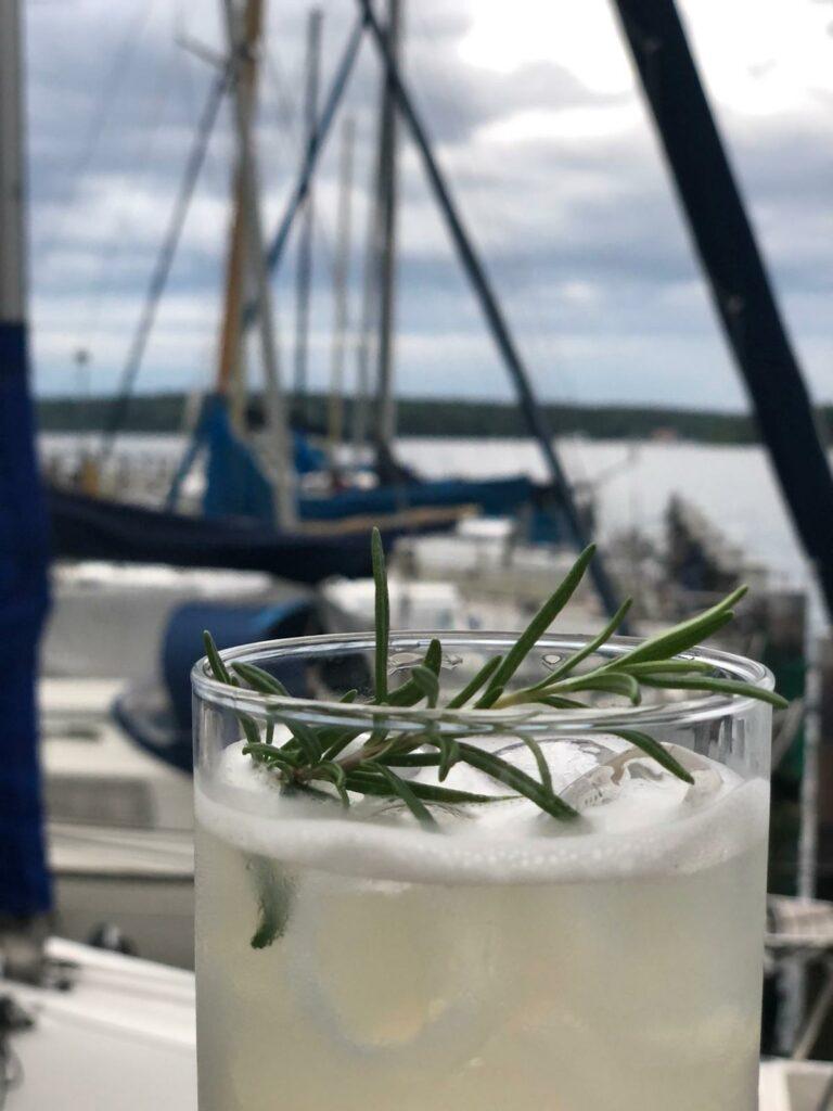DBYC Sommerfest - 08/2021 - Gin Tonic mit Rosmarin